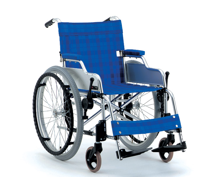 アルミ自走式車椅子 デスクタイプ MA-227D (有美ちゃん) 松永製作所 【smtb-kd】【車椅子】【軽量】【折り畳み】【介護用品】