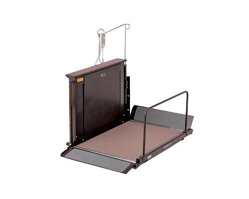 個人宅直送不可 車椅子用電動昇降機 屋内用 UD-420 いうら車椅子 昇降機 段差解消 介護用品