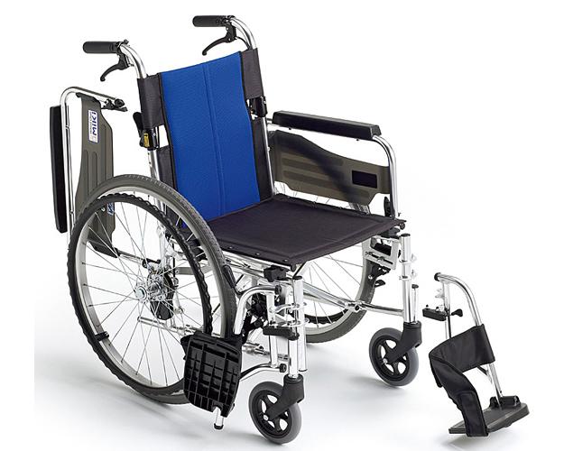 ▲車椅子 スタンダード車いす ウイングスイングアウト機構 アルミ製自走式車椅子 BAL-3 ミキ車椅子 軽量 折り畳み 車イス 車いす 介護用品