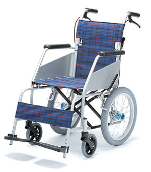 介助式超軽量車いす KARL II(カール2) KW-803  片山車椅子製作所 【車椅子】【車いす】【軽量】【折り畳み】【smtb-kd】【介護用品】