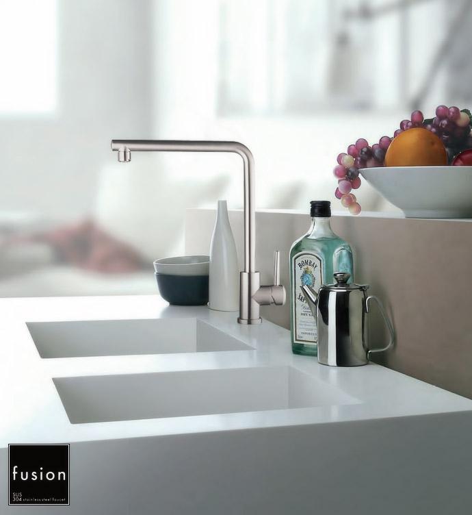 【fusion水栓金具】SSK191 ステンレス製シングルレバーキッチン混合栓 キッチンや洗面ボール用の蛇口