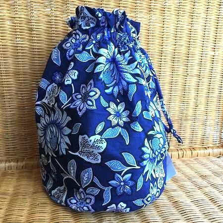 プール スポーツに お歳暮 内側がビニール素材の巾着バッグ Vera Bradley 上質 Tropical Tapestry ヴェラブラッドリー 巾着バッグ
