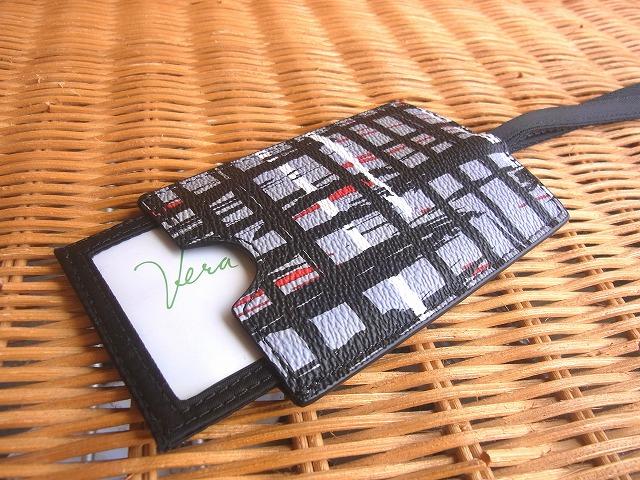 おしゃれなラッゲジタグ Vera Bradley ヴェラブラッドリーラゲッジタグID Luggage 往復送料無料 大規模セール Tag Black Plaid White
