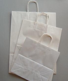 衣料、雑貨など幅ひろくご利用できます。 25チャーム手提げ袋 21-12 晒白無地 50枚 巾210×マチ120×高250紙袋