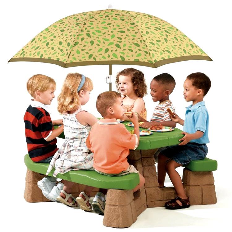 【割引クーポン有】ステップ2 ピクニックテーブル パラソル付き ガーデン テーブル STEP2 3歳~ 787700 /配送区分B