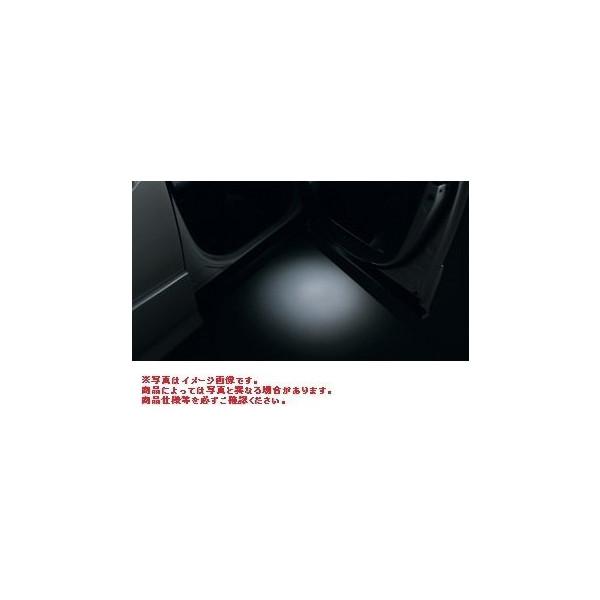 TOYOTA(トヨタ)純正/エントリーライト 08527-28200/VOXY ヴォクシーZWR80G ZRR80W ZRR85W ZRR80G ZRR85G/