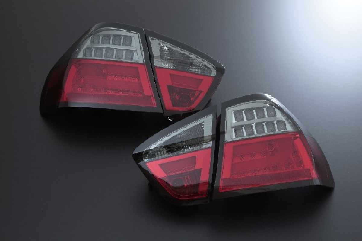 3シリーズ SONAR(ソナー) テール 3シリーズ レッド&スモーク ライトバー 05-08 テールライト 前期 BMW E90 BMW レンズ LED