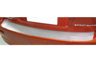 三菱 ギャランフォルティス マジカルカーボン カーゴステップガード レッド CX4A ギャランフォルティススポーツパック(2008/12~)