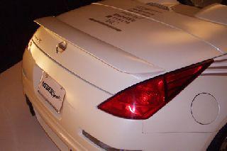 WEBERSPORTS(ウェーバースポーツ) 日産 フェアレディZ 代引き不可■Z33 フェアレディZ ロードスター V2リアウイング カーボン