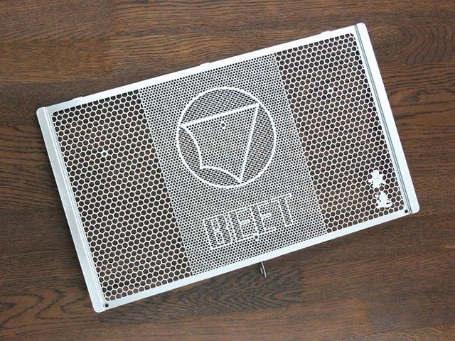 【○在庫あり→8月18日出荷】BEET ラジエターガード シルバー Z900RS 0621-KE3-00