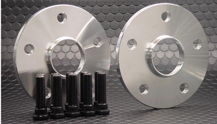 ★送料込★ GTO レクサスLS600/500/460専用GTスペーサー 10mm シルバー