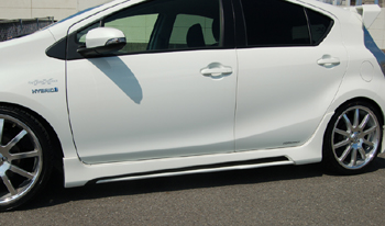 【ブレス】アクア サイドステップVer.2 塗装済カーボンコンビ 040:スーパーホワイトII/クリア