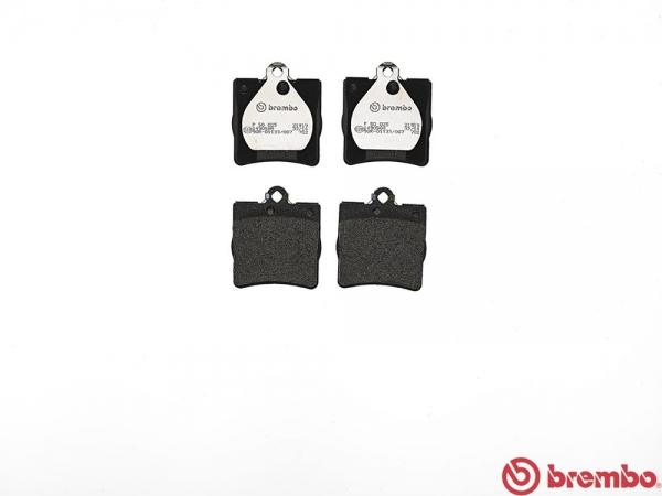 【ブレンボ】ブレーキパッド MERCEDES BENZ W203 (SEDAN) [ 203040 ][ 04/06~05/08 ][ REAR ] 【 レッド | 《グレード》C230 Kompressor 1.8 】
