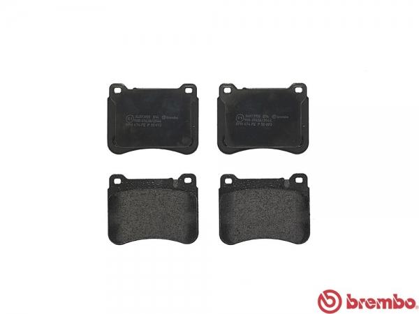 【ブレンボ】ブレーキパッド BENZ W203 SEDAN 203042 02/10~07/06 フロント ブラック Sport Package/車台番号F583911/R150815→ グレード C200 Kompressor 1.8