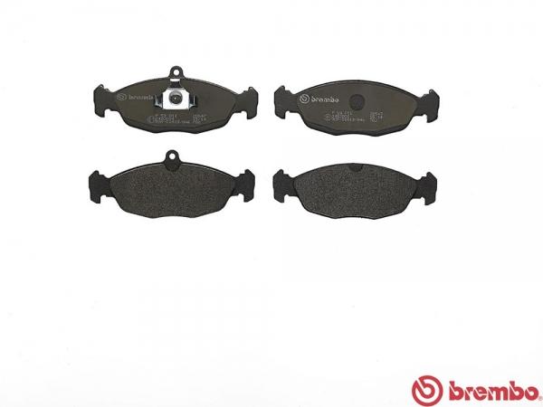 【ブレンボ】ブレーキパッド JAGUAR/DAIMLER XJ12 (X300) [ JLSA ][ 94/10~97/9 ][ REAR ] 【 レッド | 車台No.720125→812255/《グレード》6.0 V12 】