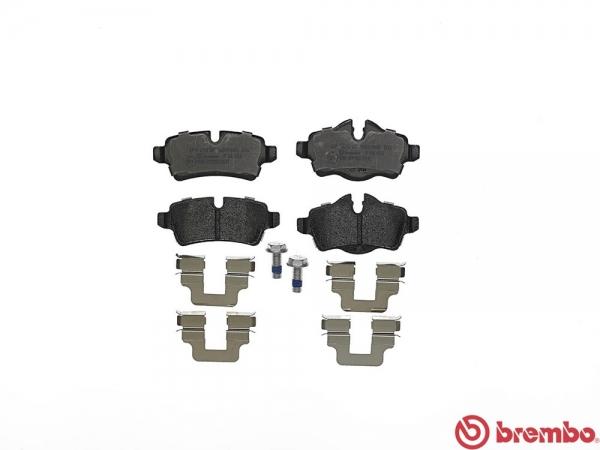 【ブレンボ】ブレーキパッド MINI MINI CONVERTIBLE (R57) [ ZP16 ][ 10/04~10/09 ][ REAR ] 【 ブラック | 【注2】/《グレード》COOPER S LCI 】