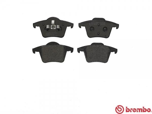 【ブレンボ】ブレーキパッド VOLVO XC90 [ CB8444AW ][ 05/08~ ][ REAR ] 【 セラミック | 《グレード》4.4 V8 】