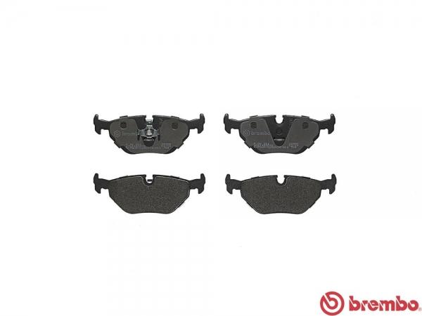 【ブレンボ】ブレーキパッド BMW Z1[ 89~90/9 ][ REAR ] 【 ブラック | 《グレード》Z1 】