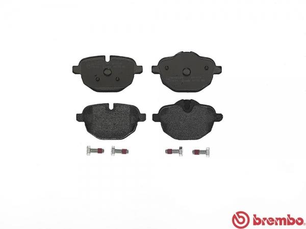 【ブレンボ】ブレーキパッド BMW F10 (SEDAN)[ 10/03~ ][ REAR ] 【 ブラック | 【注2】/並行輸入車/《グレード》530i 】