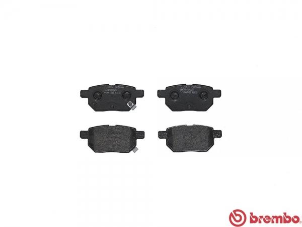 【ブレンボ】ブレーキパッド TOYOTA プリウス [ ZVW30 ZVW35 ][ 09/04~ ][ REAR ] 【 ブラック 】