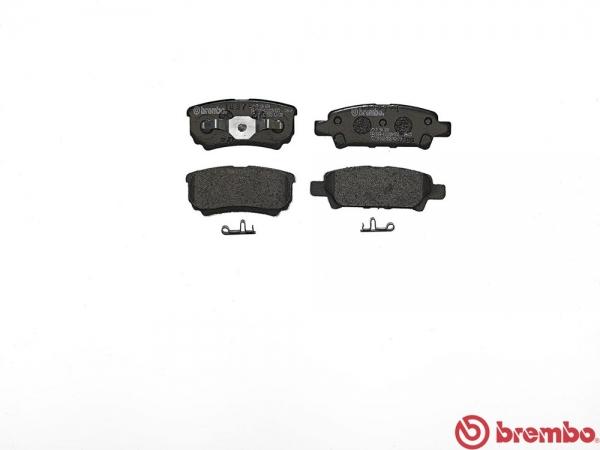 【ブレンボ】ブレーキパッド MITSUBISHI ランサーセディア ワゴン / ランサー ワゴン [ CS5W ][ 03/01~ ][ REAR ] 【 レッド | Touring 】