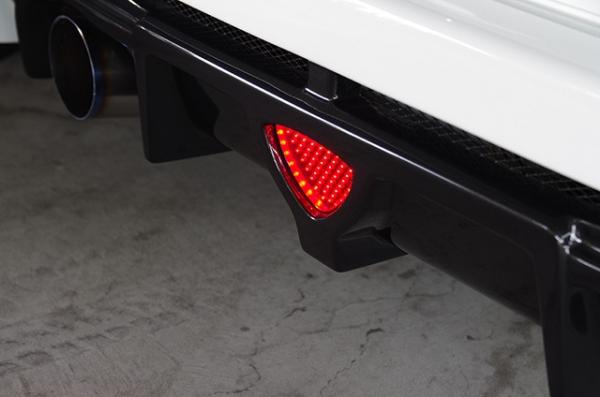 【シャイニングスピード】【 RX-8 】 純正LEDバックフォグ (ブラックラメ、RX-8専用)