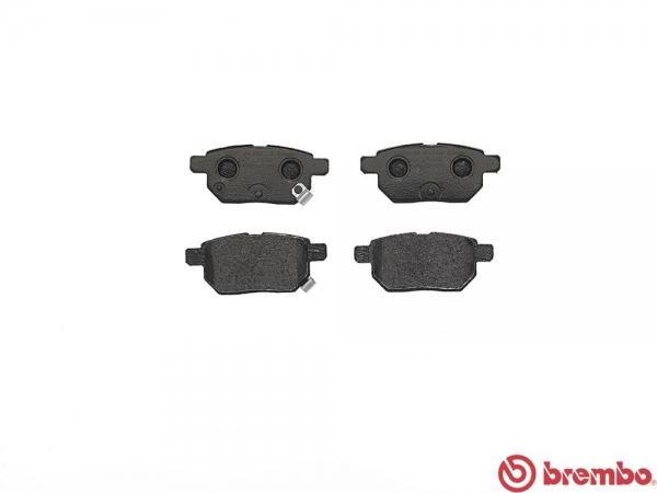 【ブレンボ】ブレーキパッド TOYOTA iQ [ KGJ10 NGJ10 ][ 08/11~ ][ REAR ] 【 レッド | GRMN Supercharger 含む/Rear DISC 】