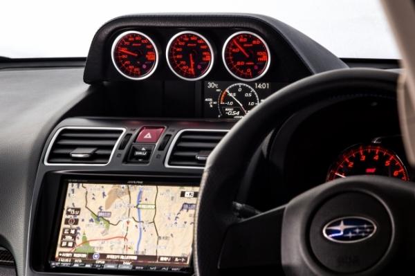 GP/GJ インプレッサ G4 | メーターカバー / メーターフード【オートプロデュース A3】インプレッサ GP/GJ AGRESS トリプルメーターフード ブラックつや消し塗装タイプ