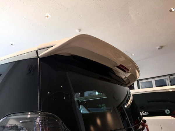 30 ヴェルファイア | リアウイング / リアスポイラー【シックスセンス】ヴェルファイア 30 後期 リアウイング Ver2 メーカー塗装済み