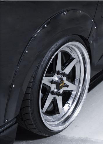 200 ハイエース ワイド | オーバーフェンダー / トリム【スティンガー】ハイエース 200系 4型 ワイドボディ オーバーフェンダー +専用ダミーネジ