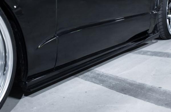 200 ハイエース ワイド | サイドステップ【スティンガー】ハイエース 200系 4型 ワイドボディ サイドステップ