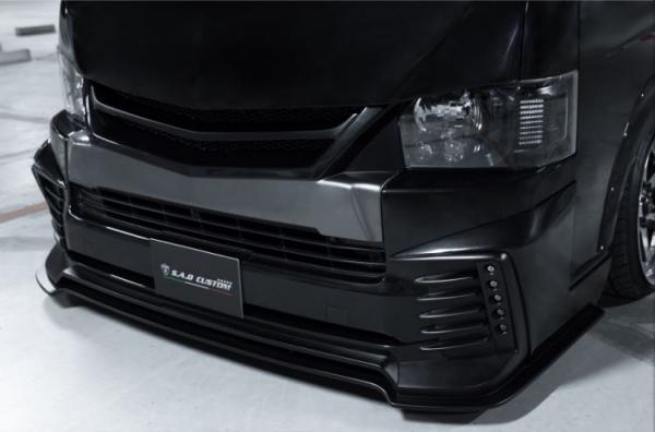 200 ハイエース ワイド | フロントハーフ【スティンガー】ハイエース 200系 4型 ワイドボディ フロントネオハーフスポイラー+LEDキット