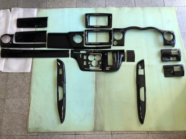 E26 NV350 キャラバン ワイドボディ | インテリアパネル【エアーズロックジャパン】NV350キャラバン E26 ワイドボディ 3Dインテリアパネル 12P 黒木目