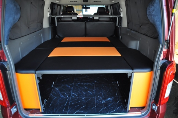 E26 NV350 キャラバン CARAVAN | ベットキット【エアーズロックジャパン】NV350キャラバン E26 プレミアムGX専用 後期 車中泊 ベッドキット オールブラック (パワースライドなし車)