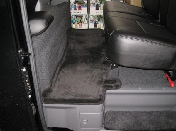 E26 NV350 キャラバン CARAVAN | フロアマット【エアーズロックジャパン】NV350キャラバン E26 プレミアムGX 3Dフロアマット セカンド ラバータイプ ブラック