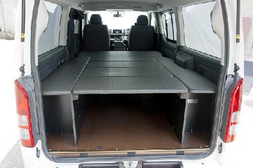 200 ハイエース 標準ボディ | ベットキット【ネル海】ハイエース 200系 4型 標準ボディ バン スーパーGL (パワースライドドア設定無車) 車中泊 ベッドキット 6枚式 波道-7 ウレタン 10mm マットカラー:ブラック