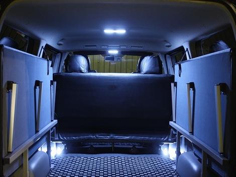 200 ハイエース | LED ルームランプ【ティスファクトリー】ハイエース 200系 ナローボディ S-GL用 LEDルームランプ 【LED124個】