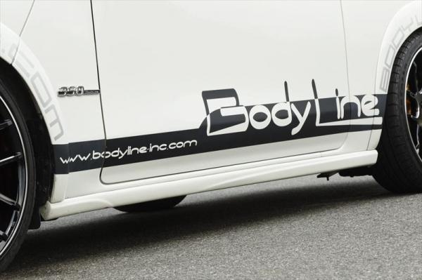 【ボディライン】ボディライン ニッサン NV350 BodyLineオリジナルサイドデカール [ ステッカーカラー:ホワイト ]