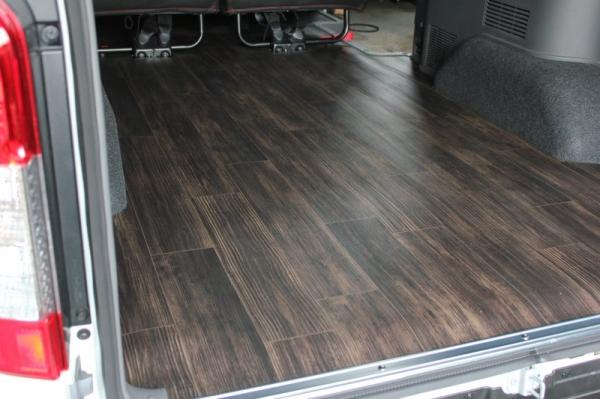 【ボディライン】NV350キャラバン プレミアムGX専用リアカーゴマット リアカーゴマットカラー グレインウッド