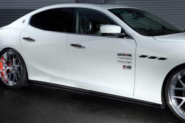 Maserati Ghibli | サイドステップ【リープデザイン】マセラティ ギブリ サイド スカート カーボン
