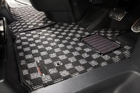 S13 シルビア | フロアマット【エムアイシー】シルビア S13 フロアマット チェック2 マットカラー:レッド/ヒールパッドフレーム無