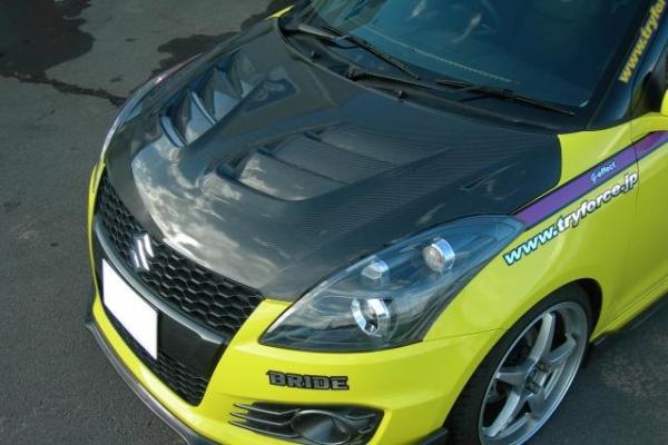 ZC32/72 スイフト | ボンネット ( フード )【トライフォースカンパニー】スイフト スポーツ ZC32 レーシングカーボンボンネット メーカークリア塗装