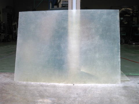 汎用   その他【ミュルサンヌ】半透明FRP平板 ガラスマット2プライ+ガラスクロス1プライ(厚み約2.2mm)仕様 寸法 980mm×2400mm