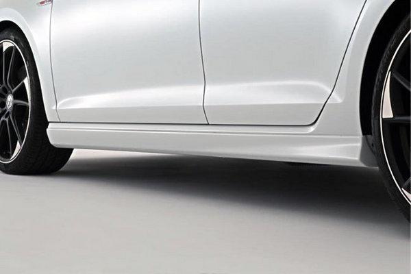 フォルクスワーゲン ゴルフ 7 VW GOLF VII | サイドステップ【ガレージベリー】VW GOLF 7 TSI /GTI サイドステップ FRP製