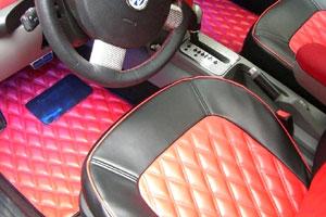 VW NEW BEETLE | フロアマット【ハルトデザイン】New Beetle レザーマット前後4枚セット 左ハンドル ベース色:ピンク フチの色:レッド (ダイヤWステッチ)