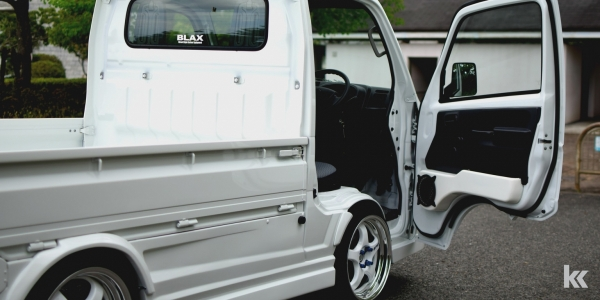 DA16T キャリイ | 内装パーツ / その他【ブラックス】キャリイ DA16T トラック スピーカーボックス
