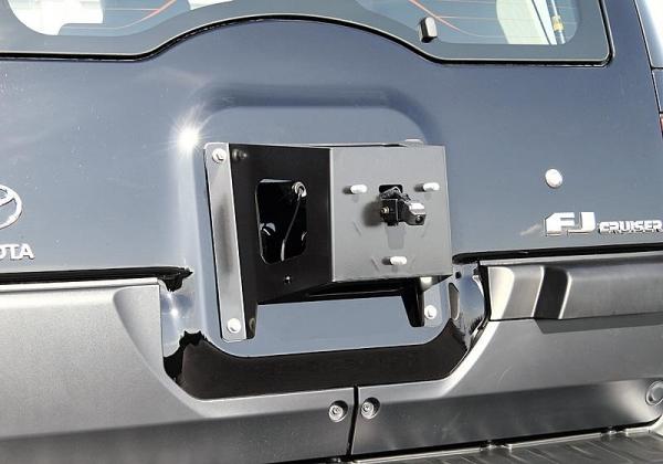 【ジャオス】JAOS スペアタイヤブラケット FJクルーザー 07-09 SPARE TIRE BRACKET FJ CRUISER 07-09 【年式: 07-09モデル】 【適応: ALL(左ハンドル)】