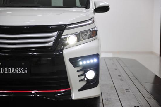 フォグカバー【ノブレッセ】ヴォクシー 80 5連フォグダクトフレーム+LED-KIT 未塗装