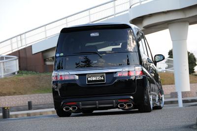 ステンマフラー【ノブレッセ】RG4 ステップワゴン 左右4本出し/ハーフステン/4WD/2400cc [テール形状]タイプ1 [リアバンパー形状]リップ有仕様 (エアロっぽい純正バンパー)