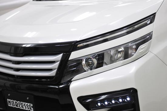 アイライン【ノブレッセ】ヴォクシー 80 アイライン 塗装済 ボルドーマイカメタリック (3R9)